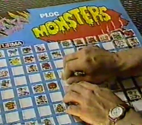 Propaganda do Chiclete Ploc Monsters com coleção de figurinhas de monstros para colecionar em pôster.
