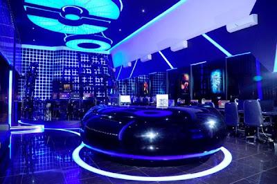 12 Cyber cafe yang super canggih ,terasa dalam Tron Legacy