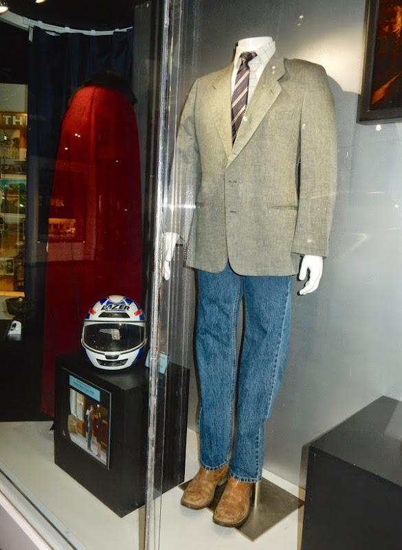 Jeremy Renner Kill the Messenger Gary Webb costume