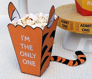 Tigger: Free Printable Popcorn Box.