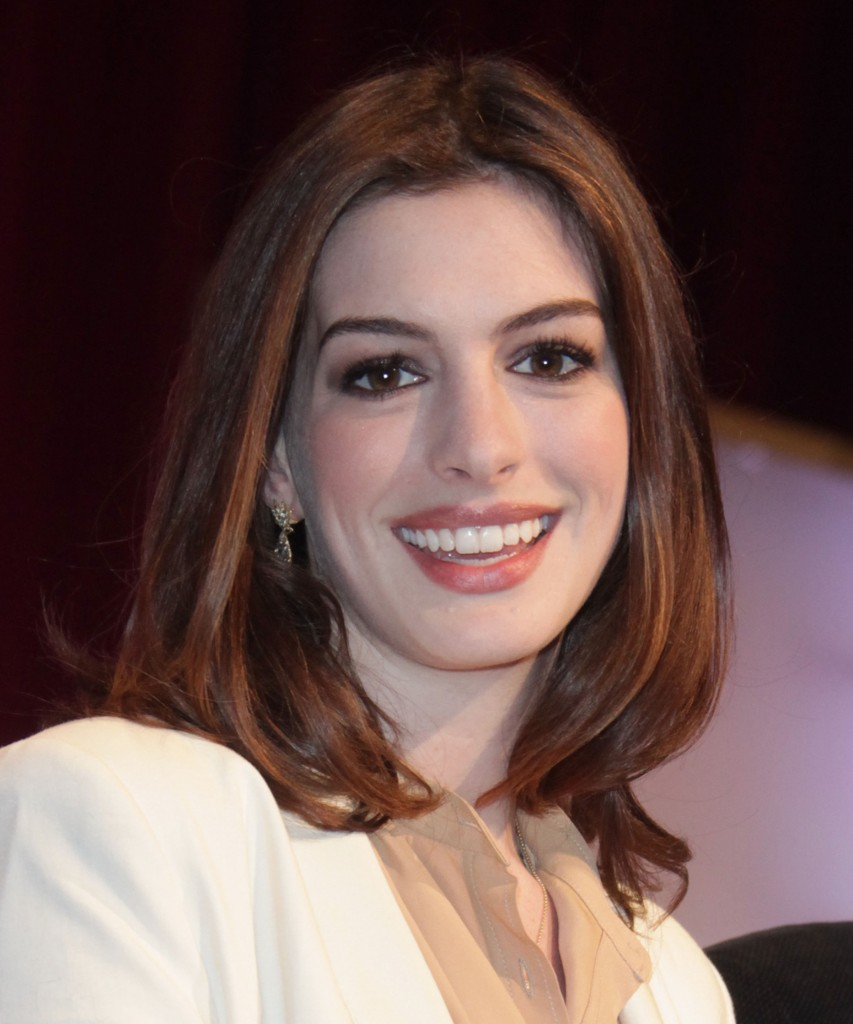 Living A Wonderful, Stylish Life: Anne Hathaway...Classy