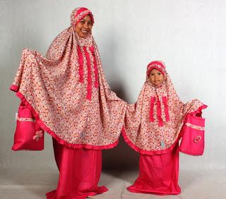Model mukena couple ibu dan anak terbaru