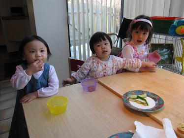photo de Madeleine, Charlotte et Noémi ( Fu Yan Huan) Picture of Noémi