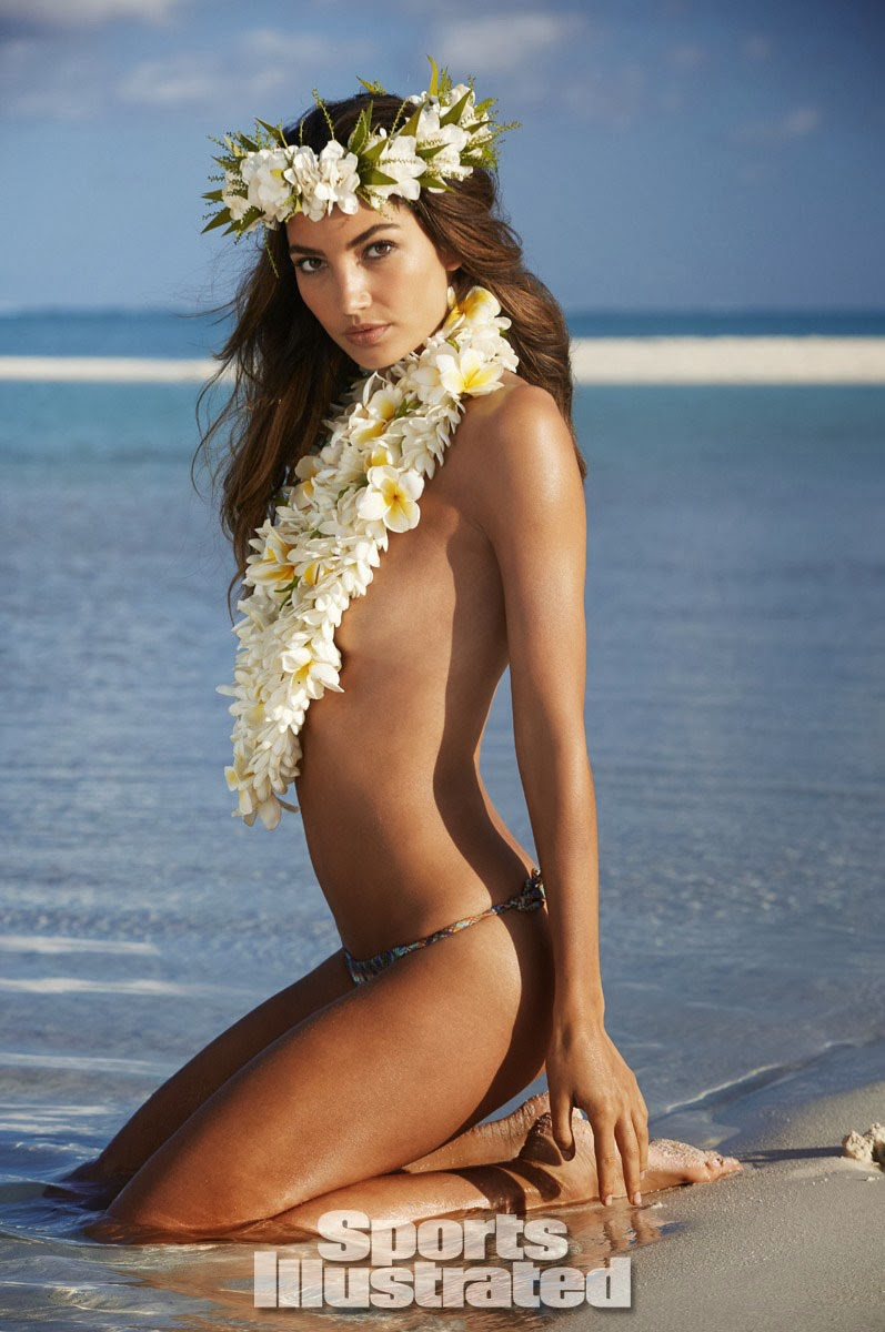 Lily Aldridge steals the spotlight in Bikini at Sports Illustrated‭ ‬2014