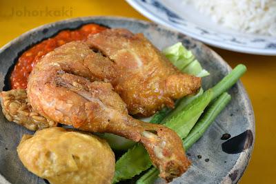 Johor-Ayam- Penyet