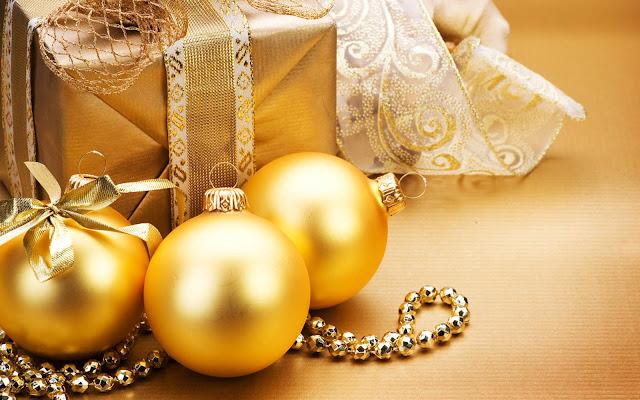 Gold Christmas balls.