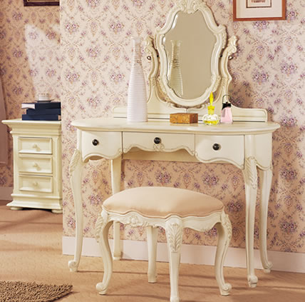Vintage style shabby chic dressing tables i heart shabby chic - Vintage schminktisch ...