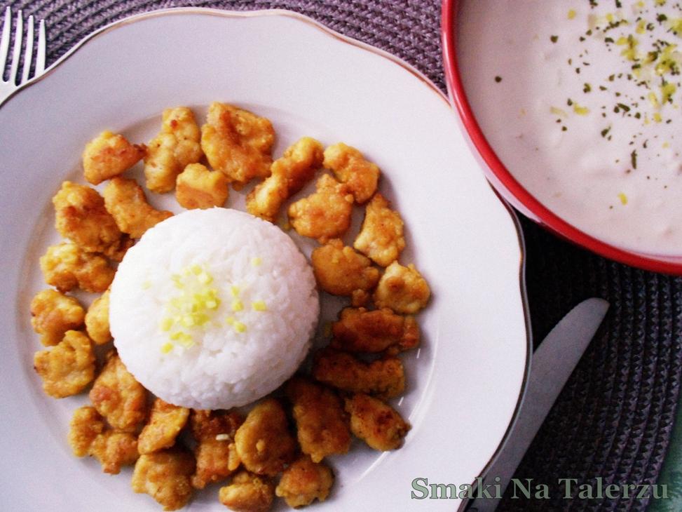 Kurczak w curry i miodzie z sosem czosnkowo-porowym