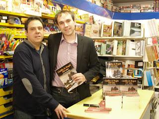 Firma de libros en la Librería Serret de Valderrobres