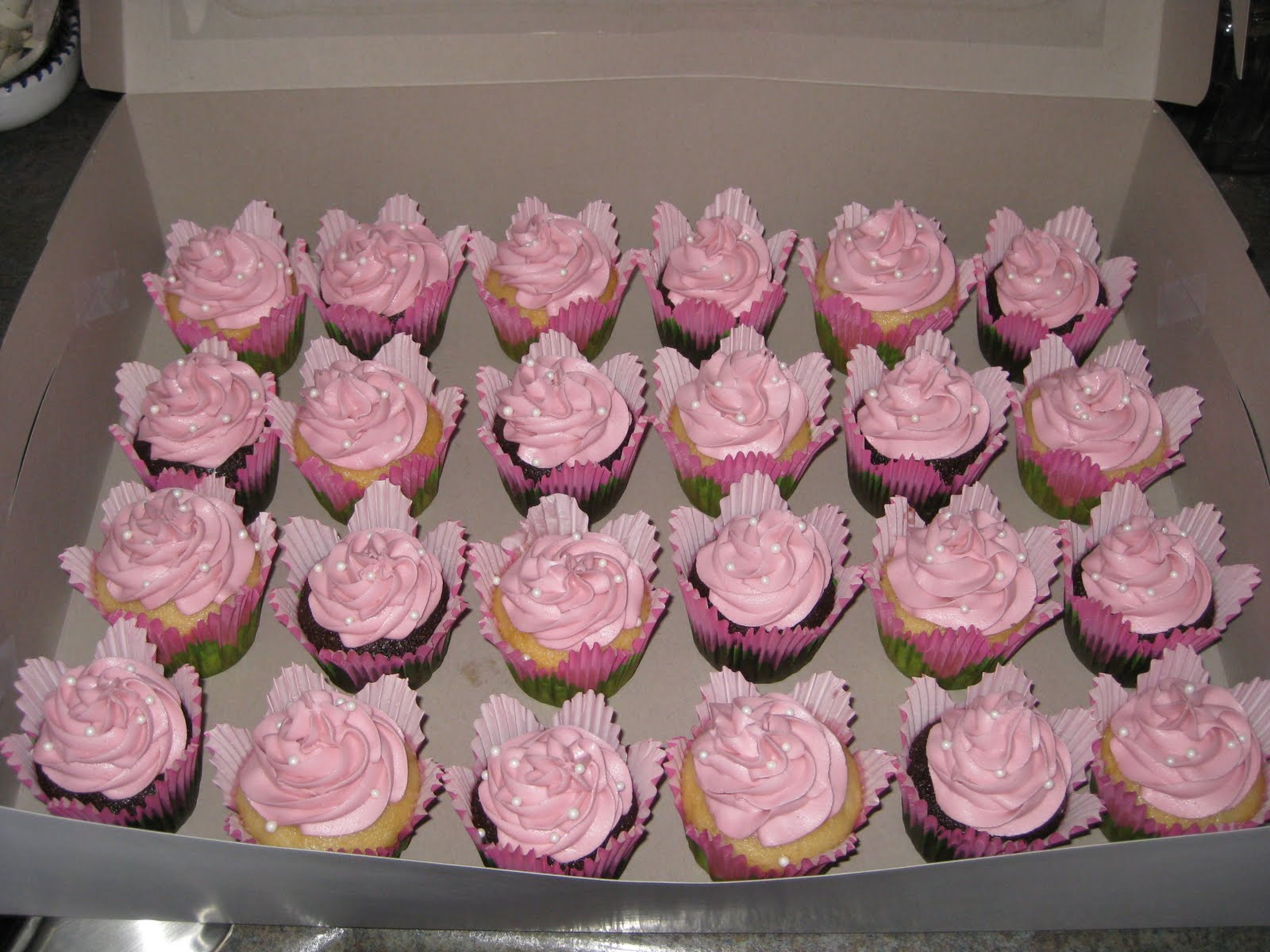 Christine s Apron Adventures Baby Shower Cupcakes