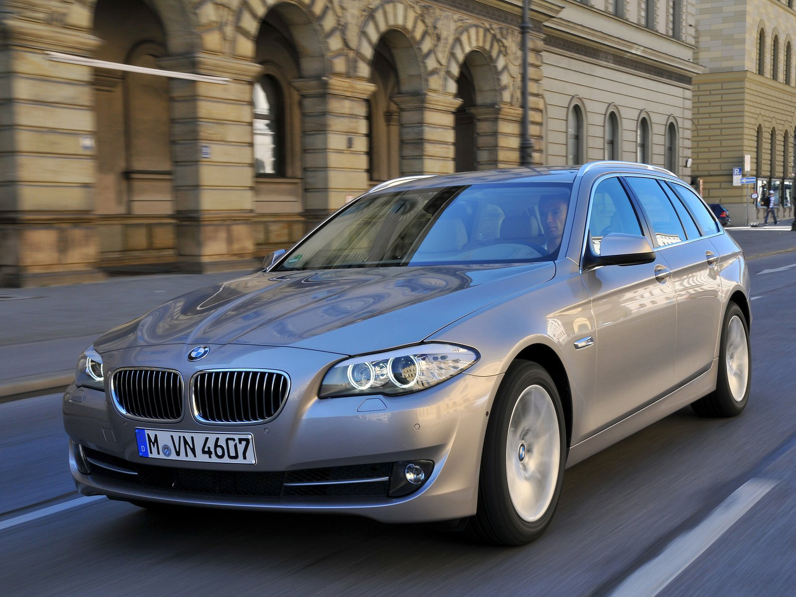 Automotive Database: BMW 5 Series (F10)