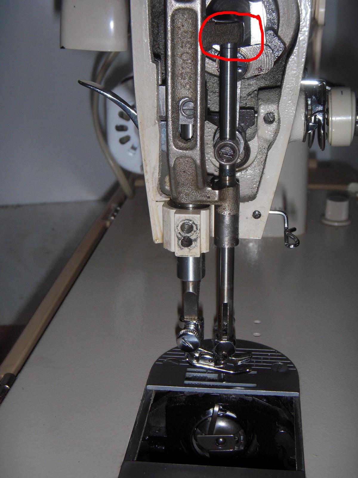 Maquinas de Coser: Ajuste aguja con lanzadera en Singer