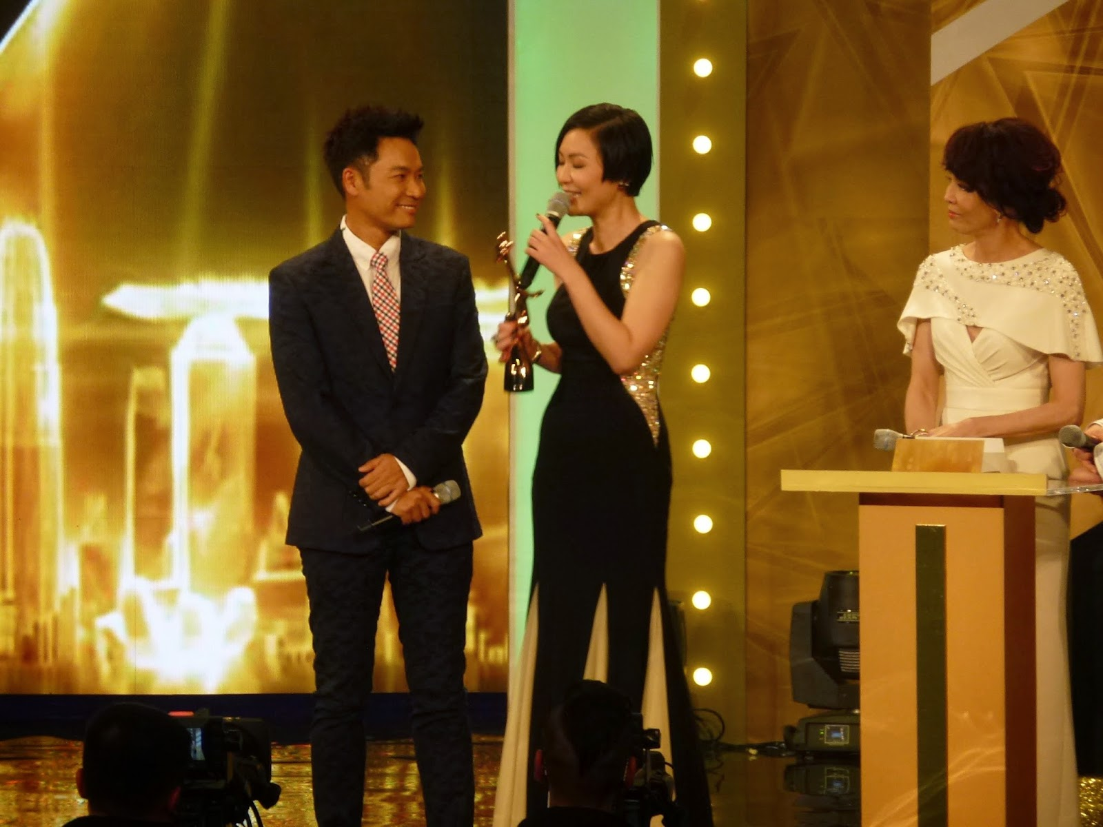 tvb stars dating If you want to date hong kong actress kate tsui, you better not be working in showbiz the sultry 33-year-old revealed at the starhub tvb.