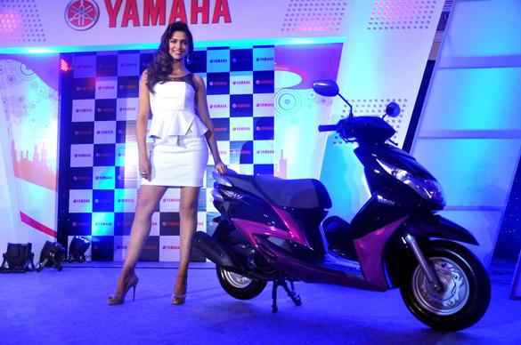 Yamaha Ray 110 Scooter Overview , Yamaha Ray 110cc Specs , Yamaha Ray 110cc Price ,Yamaha Ray 125 India - View Yamaha Ray 125 Price, Yamaha Ray 125 models, Read Yamaha Ray 125 reviews, Yamaha Ray 125 Price,