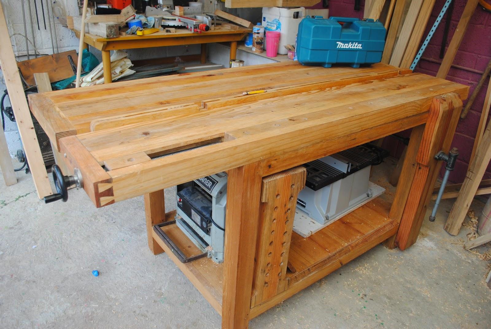 Banco de trabajo estilo roubo woodworkers carpinteria y for Mesa de carpintero