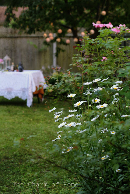 Mad Tea Party 2015: The Charm of Home