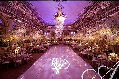 Decoraci n de bodas salones decorados de morado for Salones para casamientos