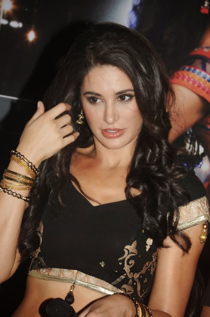 Nargis Fakhri Hot HD Wallpapers