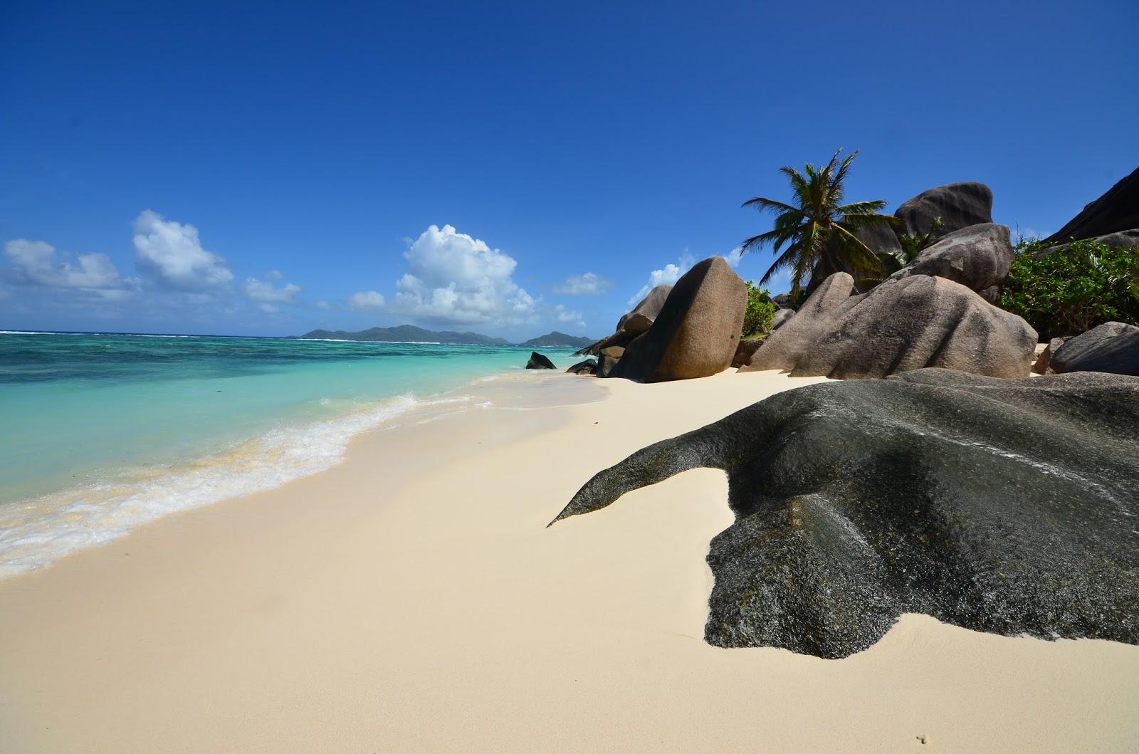 Seychelles, Mahé, La Digue, Anse Source d'Argent, Cousin