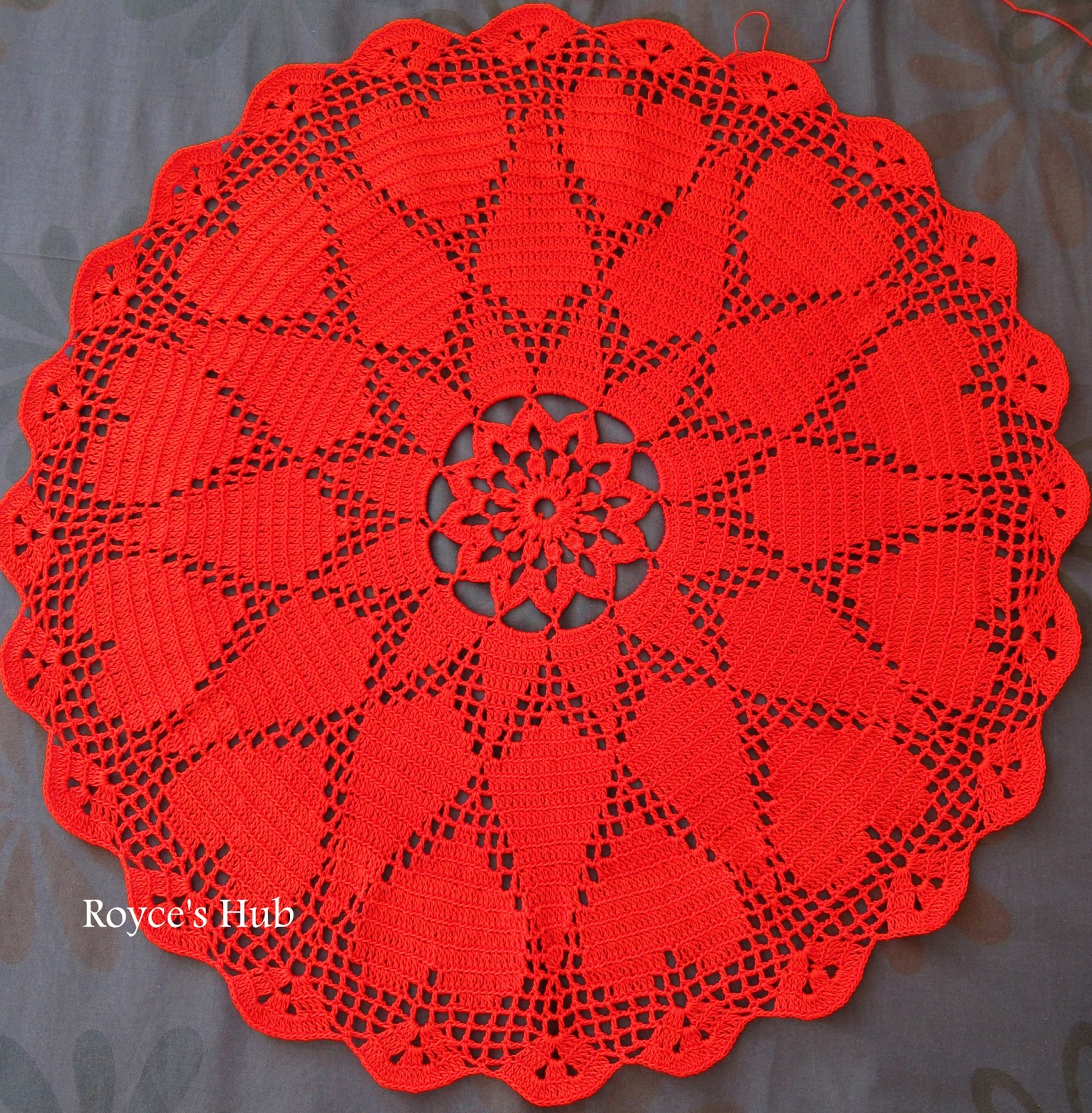 Free Crochet Pattern For Heart Doily : Royces Hub: Filet Crochet Heart Doily