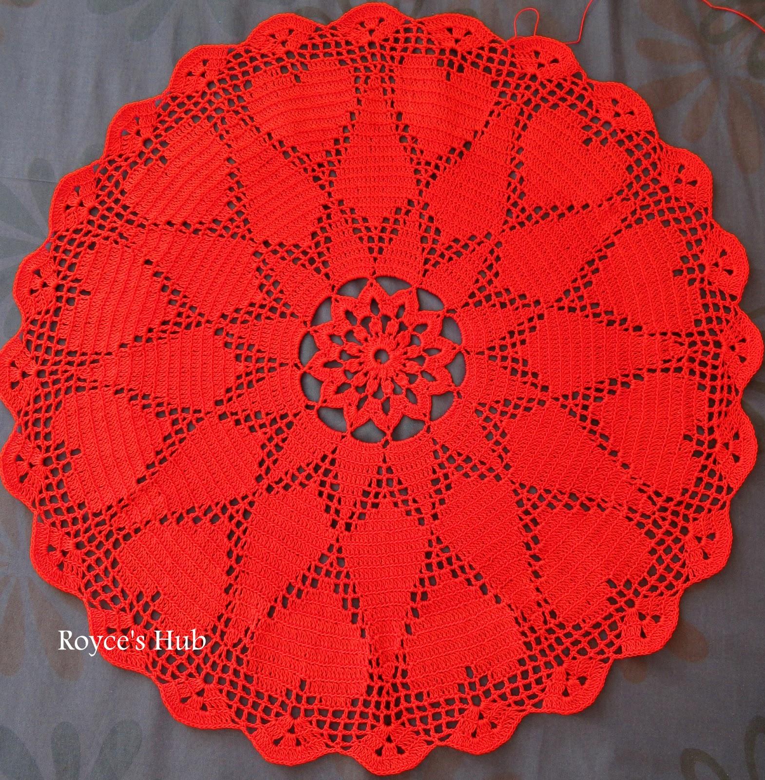 Royces Hub: Filet Crochet Heart Doily