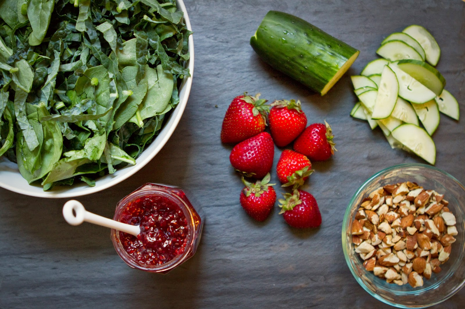 how to make raspberry vinaigrette