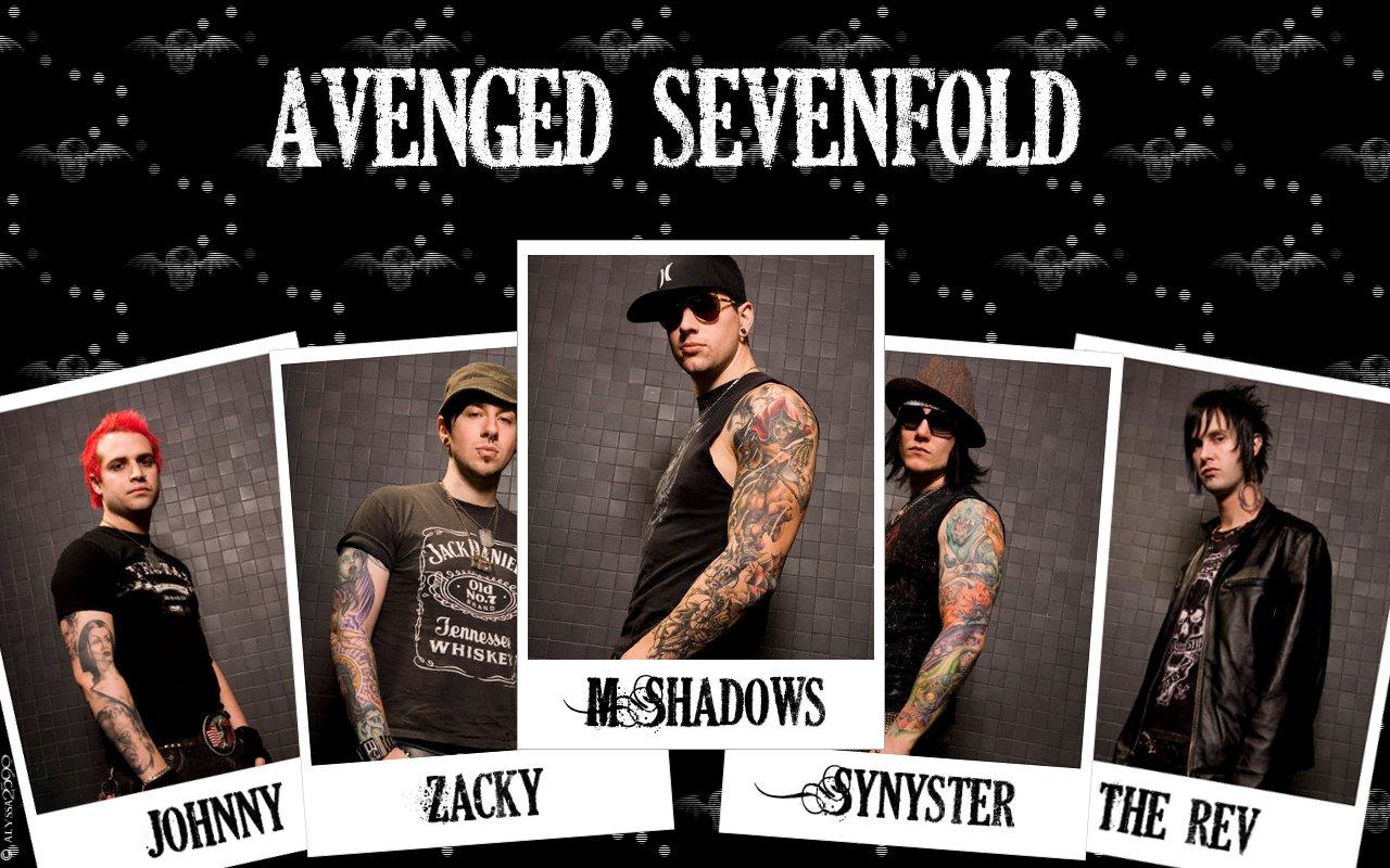 Avenged sevenfold adalah band hardrock amerika dari huntington beach