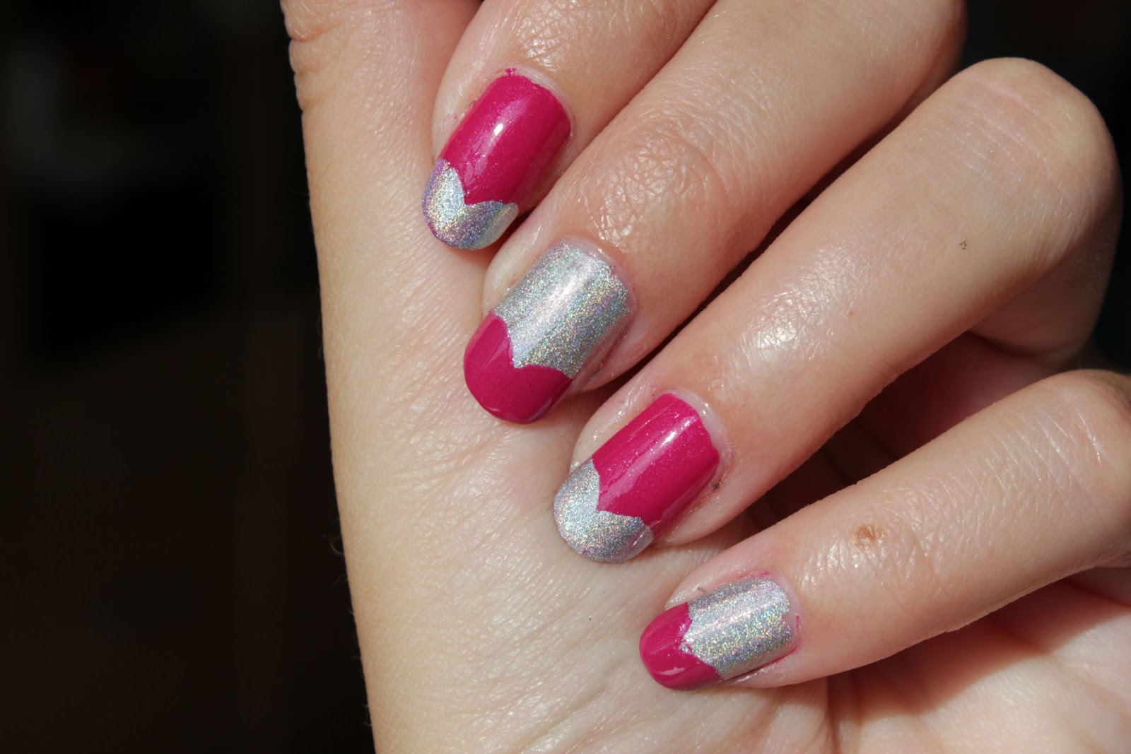 http://lacquediction.blogspot.de/2014/10/essence-french-manicure-creative-tip.html