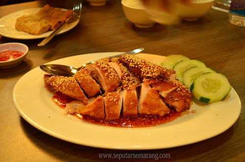 Ayam goreng wijen XO Kopitiam
