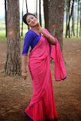 Hari Priya Glamorous photos-thumbnail-15