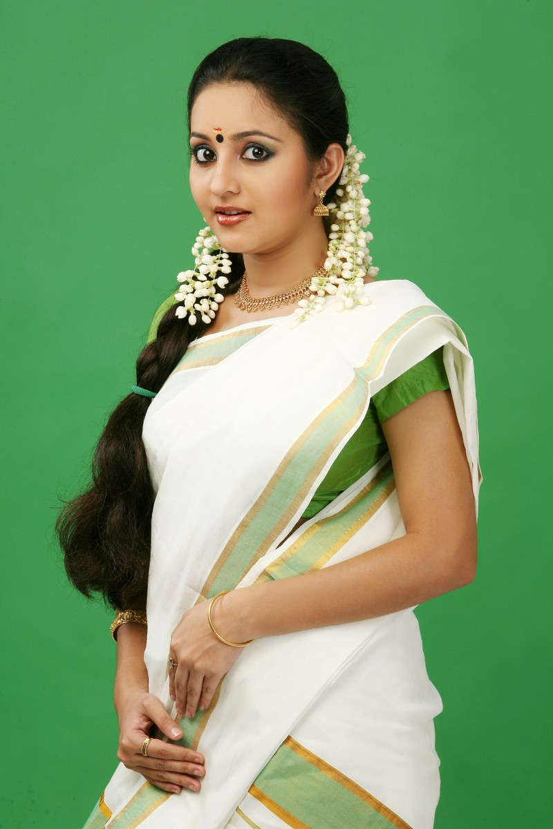 White Saree Bhama Latest Hot Saree Picture Download Free Bhama Saree