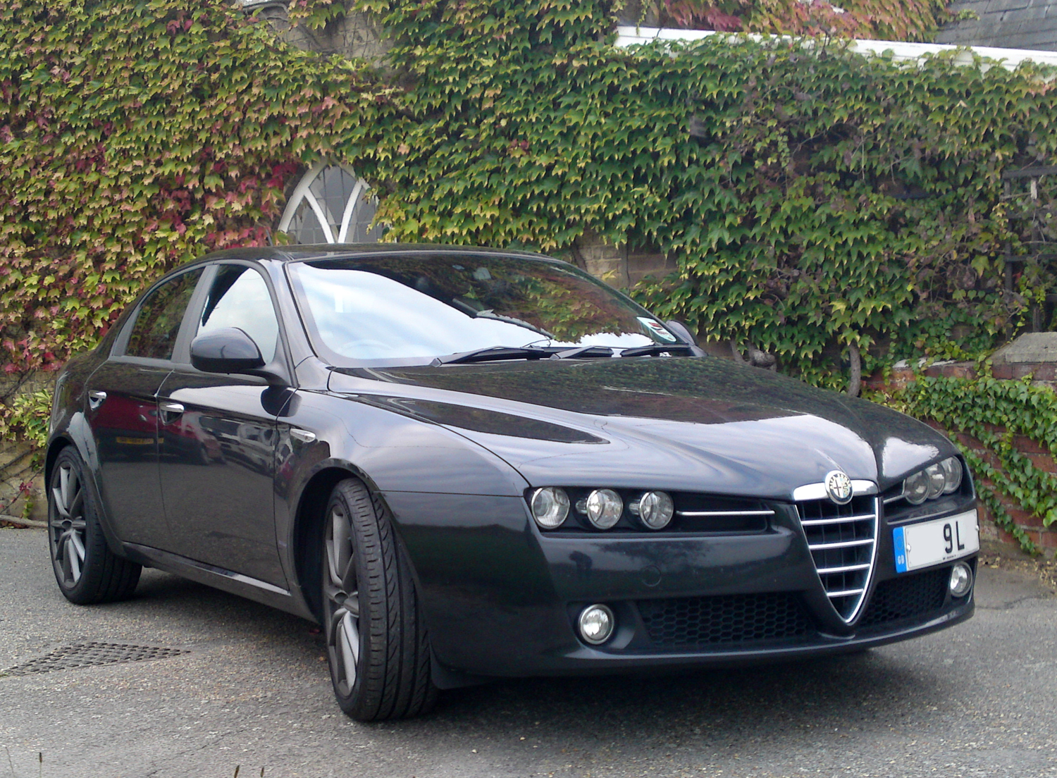 chris haining writes driven 38 alfa romeo 159 1 9 jtdm. Black Bedroom Furniture Sets. Home Design Ideas