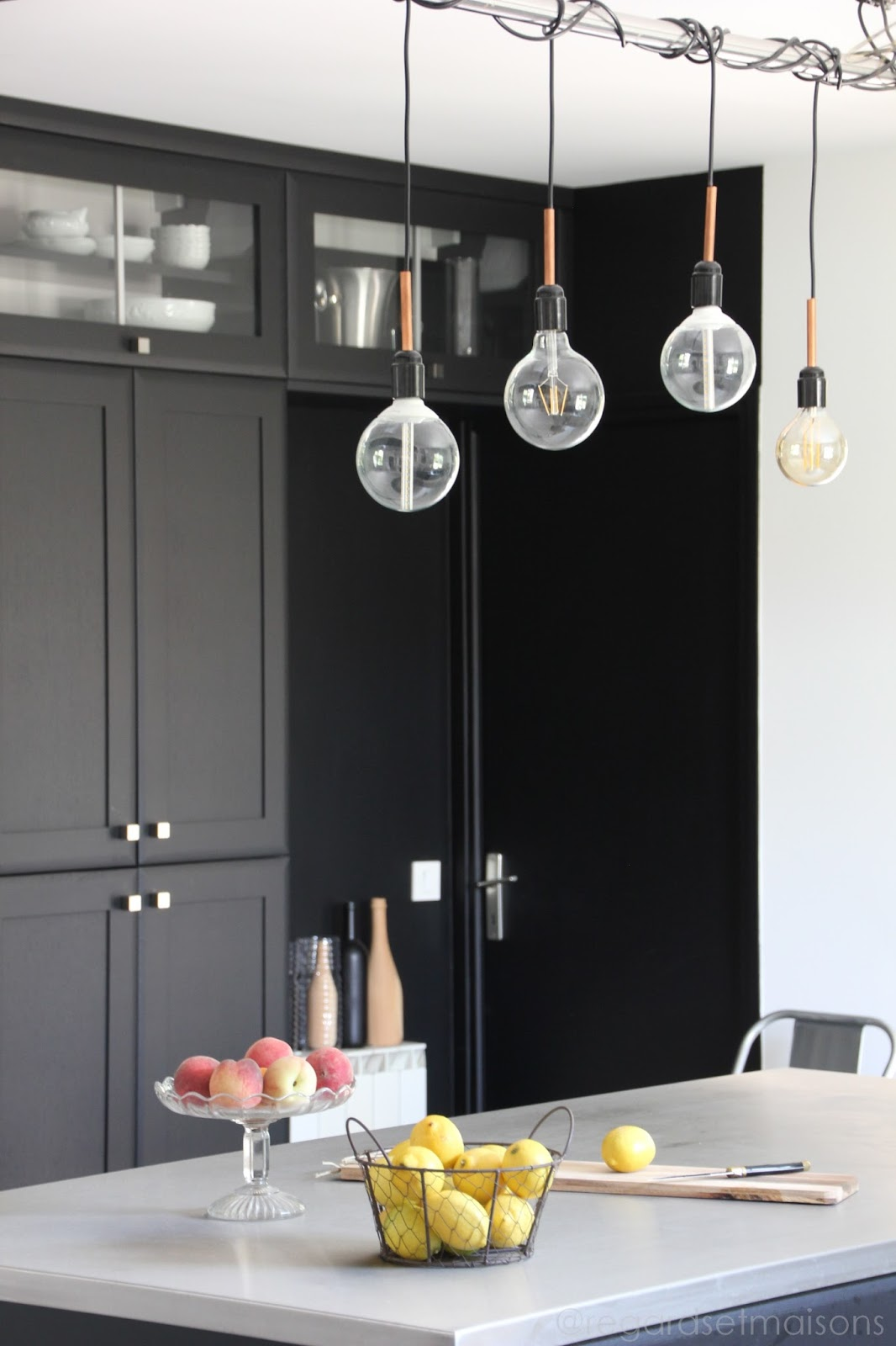 regardsetmaisons comment j 39 claire ma cuisine avec une. Black Bedroom Furniture Sets. Home Design Ideas