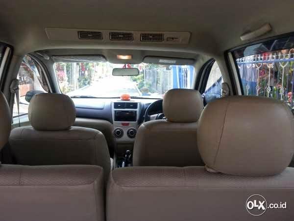 Jual Daihatsu Xenia Type R 1300 Warna Putih Tahun 2013 | Mobil Bekas Malang 2015