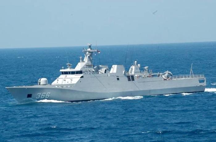 Kapal Perang Republik Indonesia Di Natuna