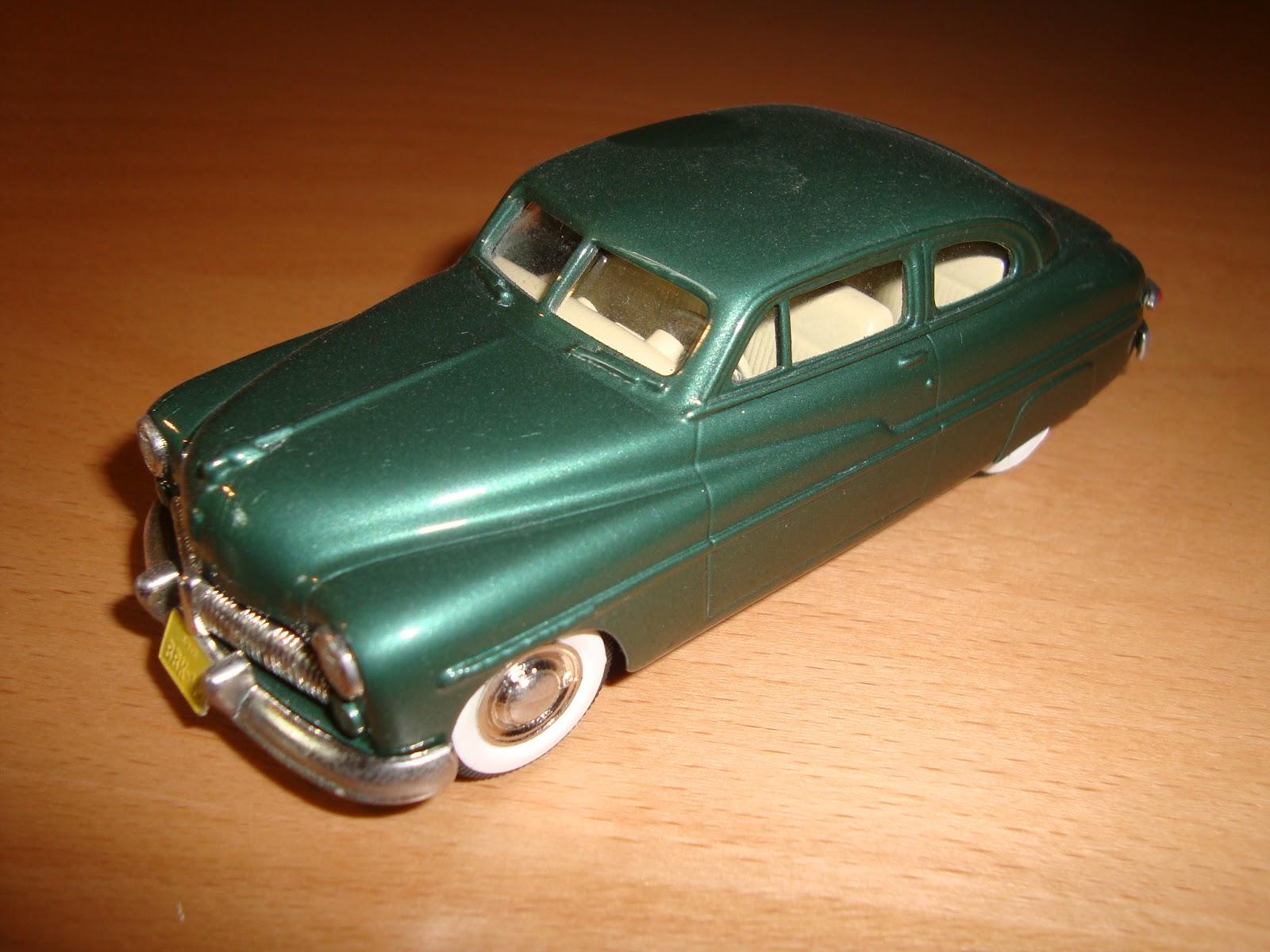 Oscar\'s Classic Model Cars Collection: 1949 Mercury