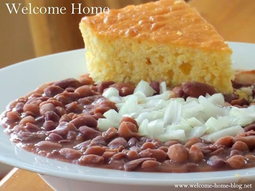 "Welcome Home Blog: Southern ""Soup Beans"" and Cornbread"