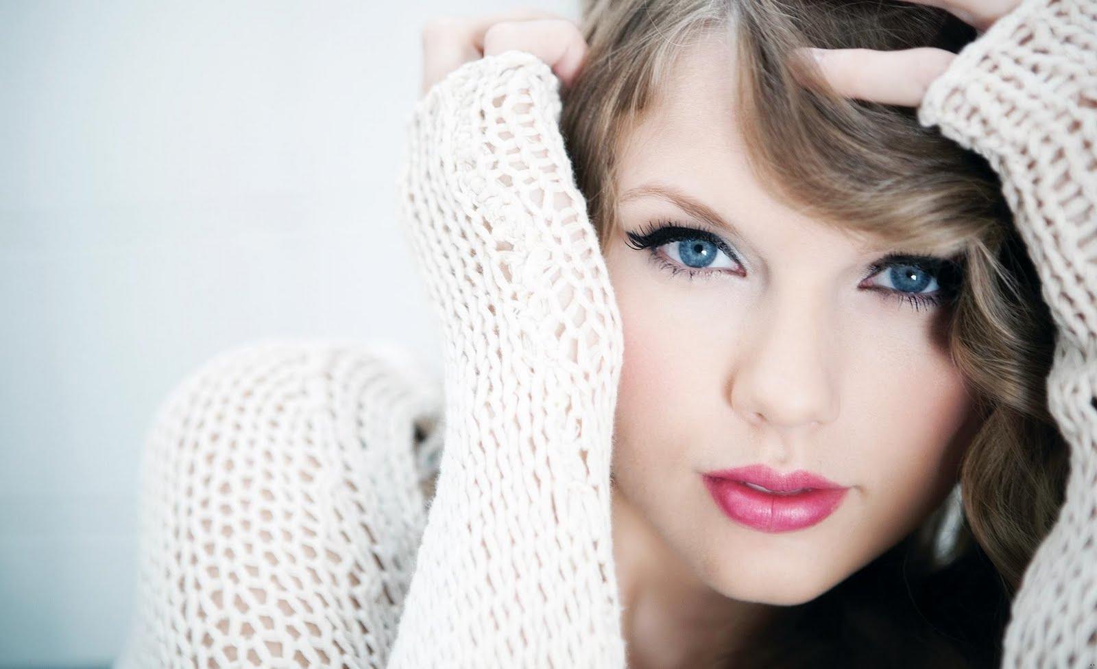 http://1.bp.blogspot.com/-Mwi-kDo-vxQ/TwcuMkKpt_I/AAAAAAAAM8w/icuOPubc9GY/s1600/Taylor_Swift_america_singer_wallpapers.jpg