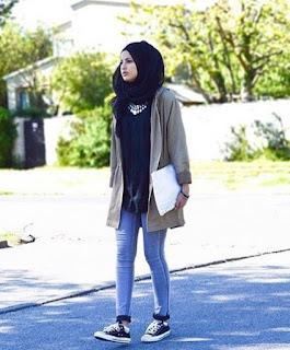 Foto Baju Muslim dan Jin Biru Muda Trend Hijab Tahun 2016 Muslimah