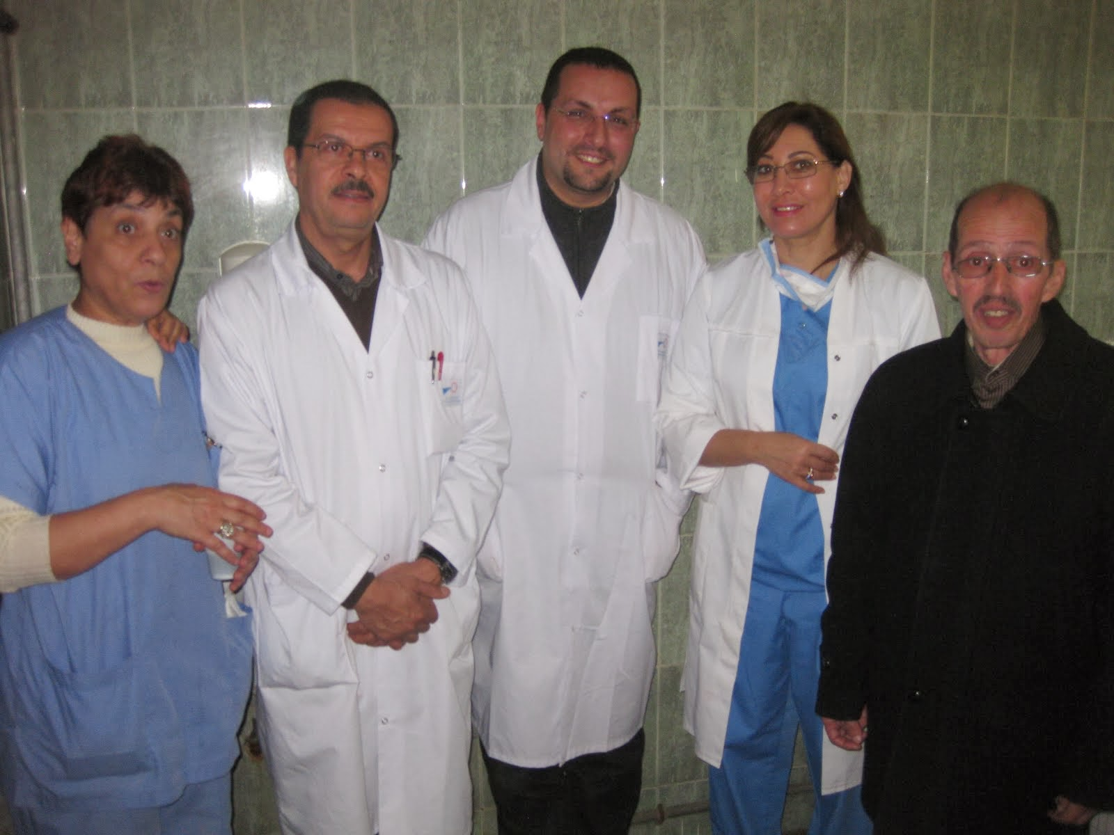 TAKRIME LES INFIRMIERS RETAITES DU BLOC OPERATOIRE HOPITAL IBNO SINA RABAT