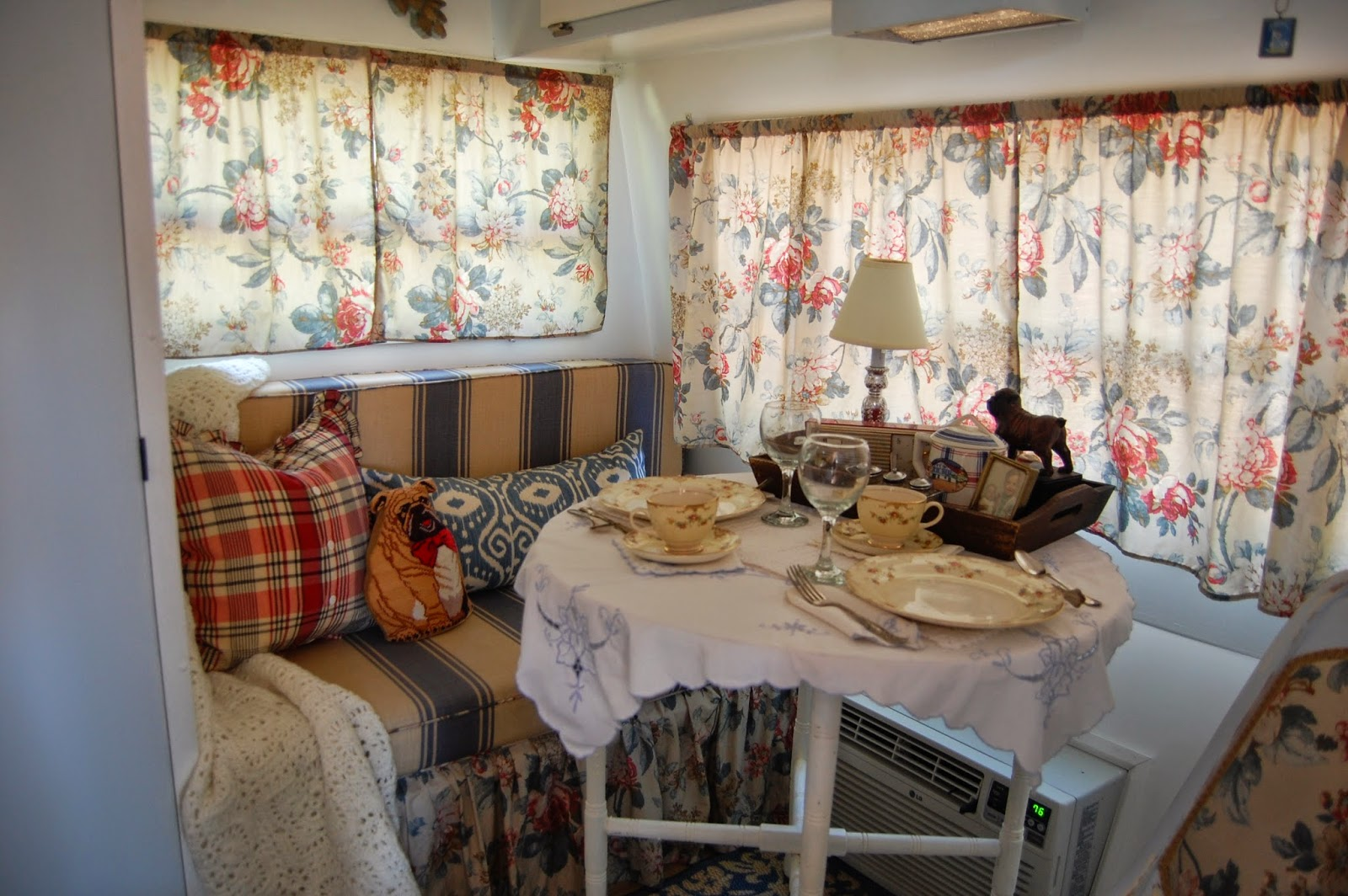 Travel trailer decor 28 images travel trailer Travel trailer decorating ideas