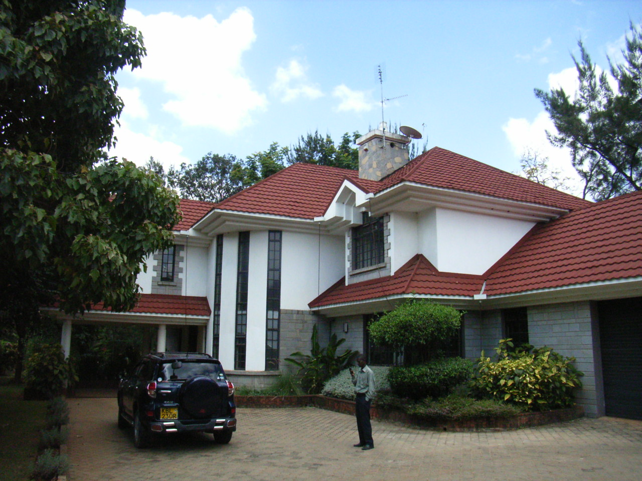 Rent house in tanzania arusha rent houses houses for sale for Recommended builders