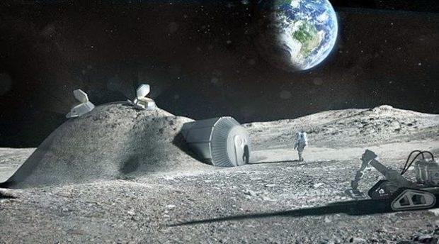 Οι Ρώσοι ψάχνουν κοσμοναύτες για να τους στείλουν στη Σελήνη