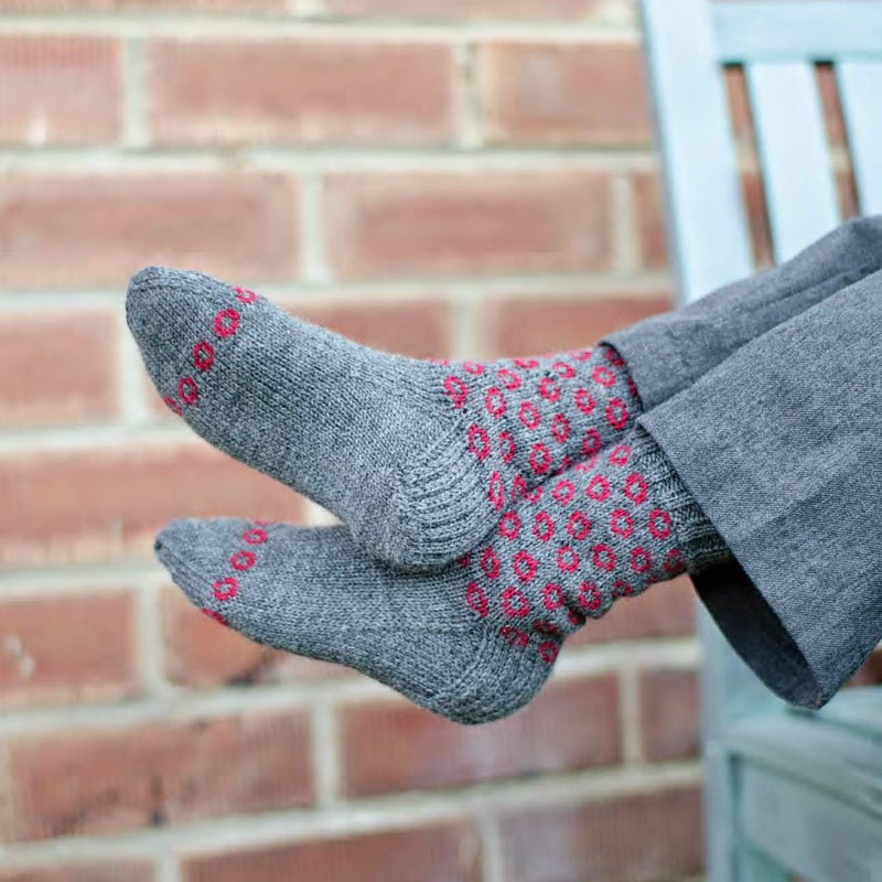 Cannonfire sock pattern by Katya Frankel