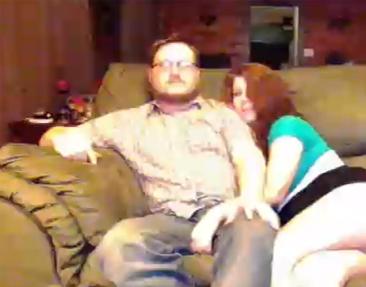 Pria Ini Dilarang Gunakan PS4 Live Streaming Karena Rekam Istrinya Bugil