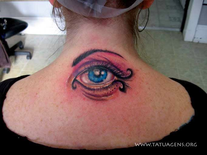 tattoo 3d olho nas costas