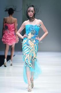 Foto Model Batik Pekalongan Oriental Trend 2016 Terbaru