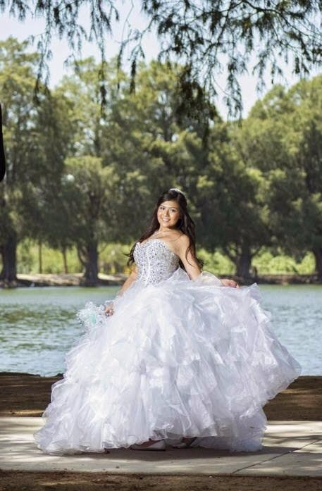 Wedding Dress Stores Chicago : Rated chicago wedding dresses and gowns designers home
