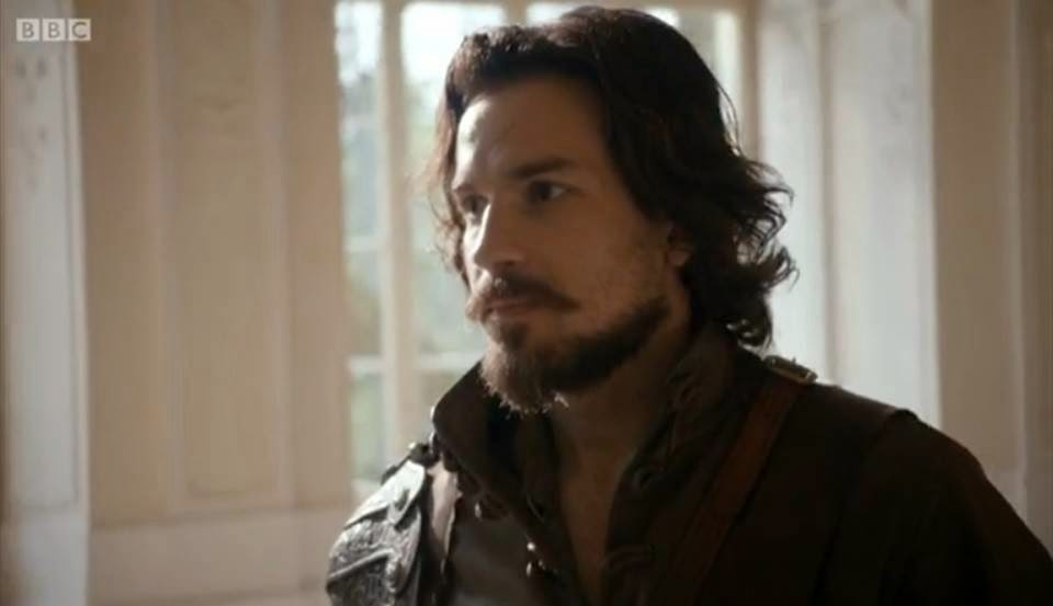 is santiago cabrera gay