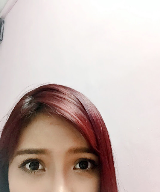 reddish brown heroine make mascara